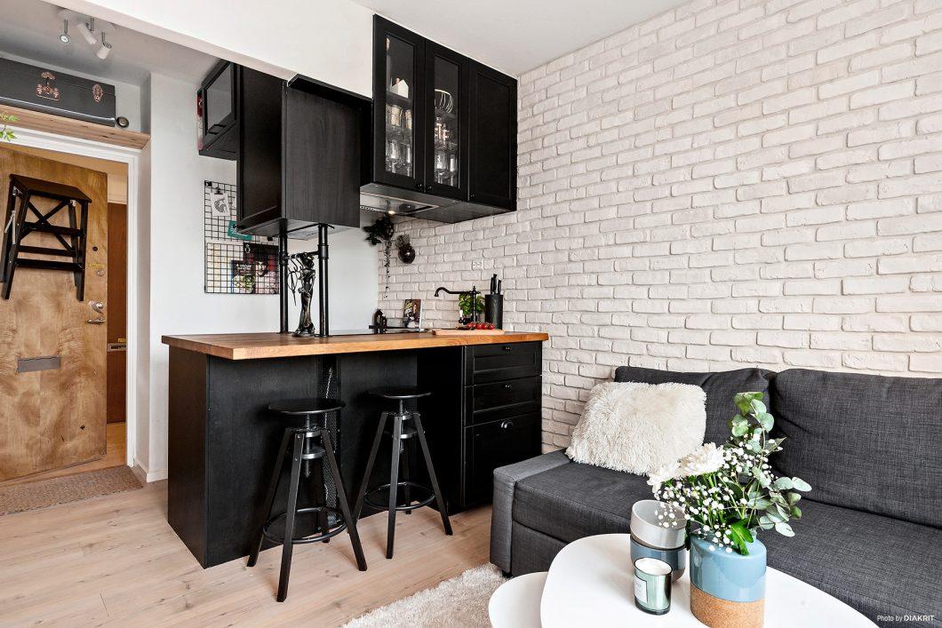 Una cocina en negro para 20m2 interiores chic blog de decoraci n n rdica - Blog de decoracion de interiores ...